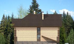 Четвертый фасад уютного двухэтажного дома с цокольным этажом